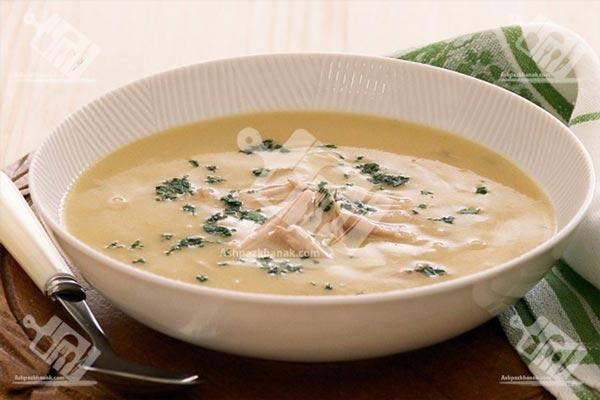 سوپ مرغ کِرمی