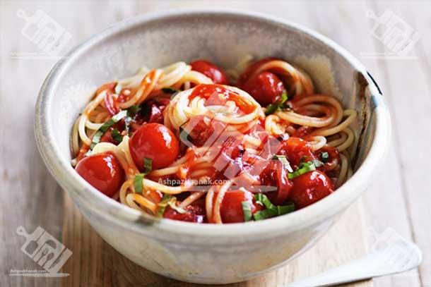 پاستا گوجه و ریحان