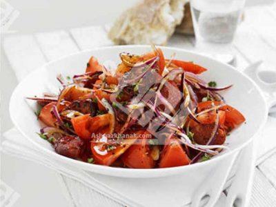 سالاد گوجه و سوسیس