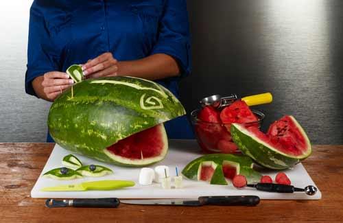 شب یلدا-تزیین هندوانه به شکل اسب آبی-آشپزخانک100
