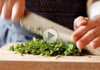 چگونه سبزی را خرد کنیم؟