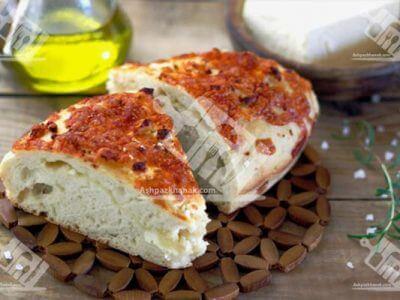 نان یونانی با پنیر
