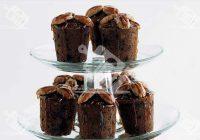 کاپ کیک شکلاتی خرما و آجیل