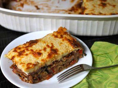 موساکا یونانی با گوشت و پنیر