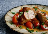 خوراک سوسیس و گوجه فرنگی