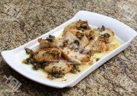 خوراک گوش ماهی با سس سبزیجات