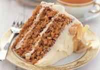 کیک هویج با رویه پنیر خامه ای
