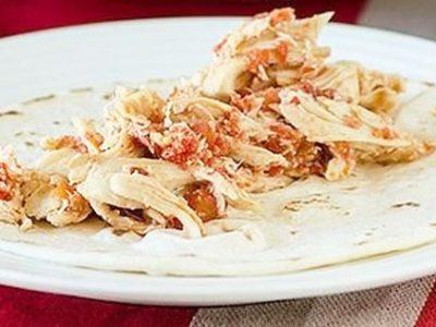 خوراک مرغ با گوجه فرنگی