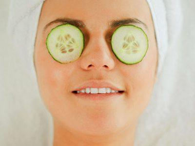 فواید استفاده از خیار برای پوست دور چشم چیست؟