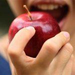 فواید سلامت مصرف یک سیب در روز