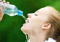 عوارض نوشیدن بیش از حد آب